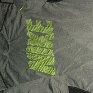 Nike Shirts & Tops - nike shirt